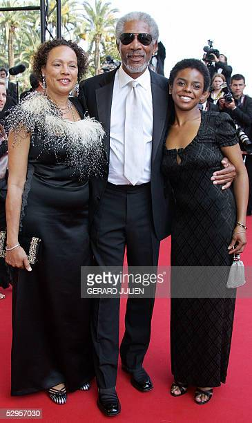 US actor Morgan Freeman his wife Myrna ColleyLee and daughter Deena pose as they arrive for the screening of US actor/director Tommy Lee Jones' film...