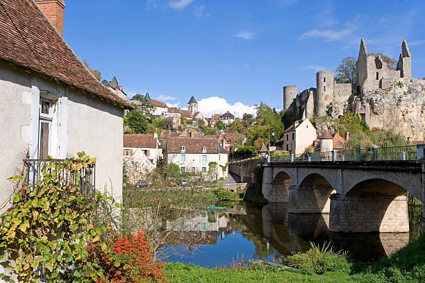 france, vienne, angles sur langlin, village on and bridge on river - département de la vienne photos et images de collection
