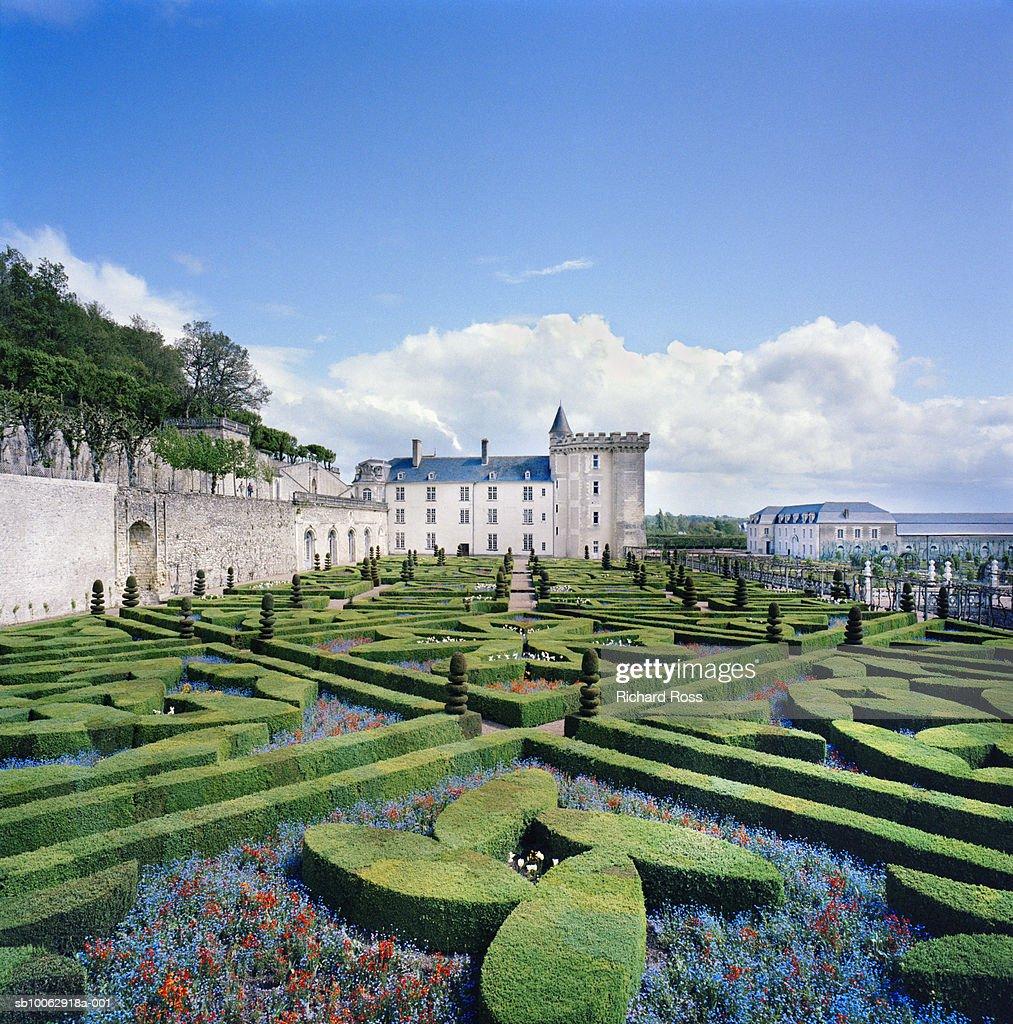 France, Villandry, Caen, castle and baroque French garden : Stock Photo