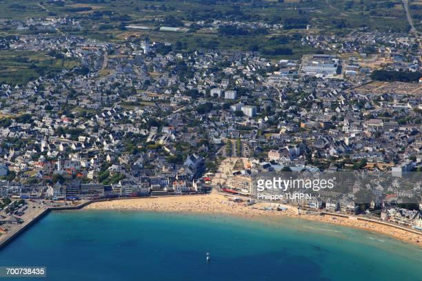 france, western france, aerial view of quiberon peninsula. quiberon. - golfe du morbihan photos et images de collection