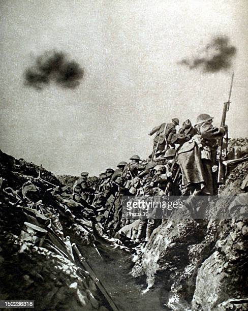 France World War I English counterattack in the Somme soldiers leaving the trench