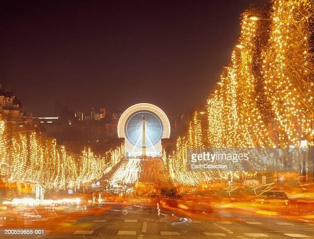 france,paris, avenue des champs-elysees decorated at christmas,night - avenue des champs elysees photos et images de collection