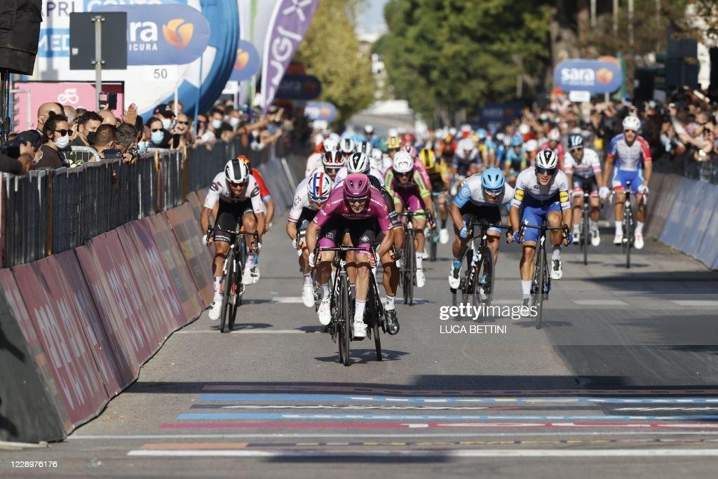 CYCLING-ITA-GIRO-2020-STAGE 7-FINISH : News Photo