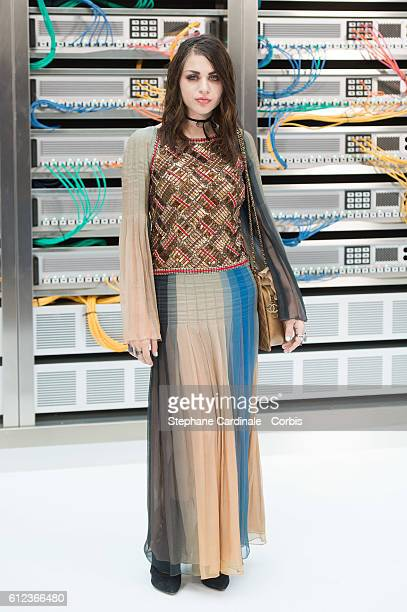 Frances Bean Cobain attends the Chanel show as part of the Paris Fashion Week Womenswear Spring/Summer 2017 on October 4, 2016 in Paris, France.