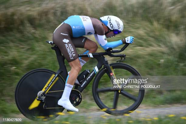 France's Benoit Cosnefroy rides during the 25,5km 5th stage of the 77th Paris-Nice cycling race, an individual time-trial between Barbentane and...