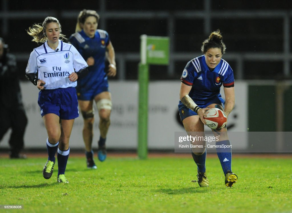 France's Carla Neisen scores her side's sixth try during the Women's Six Nations Championships Round 5 match between Wales Women and France Women at Parc Eirias on March 16, 2018 in Colwyn Bay, Wales.