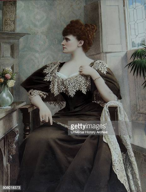 Frances Evelyn 'Daisy' Maynard a reputed 19th century English beauty who became Countess of Warwick Castle England in 1893