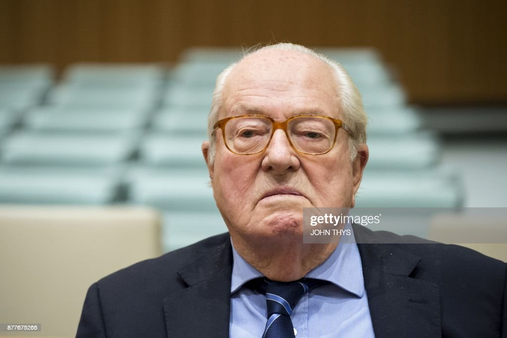 TOPSHOT - France's far-right National Front (FN) honorary president Jean-Marie Le Pen waits prior to appearing before the Court of Justice of the European Union over accusations of misuse of European parliament funds, on November 23, 2017 in Luxembourg. /