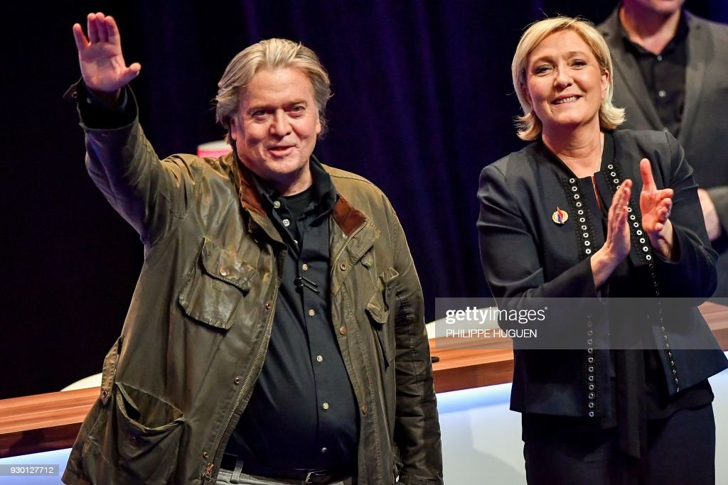 TOPSHOT-FRANCE-US-POLITICS-FN-PARTY-CONGRESS : News Photo