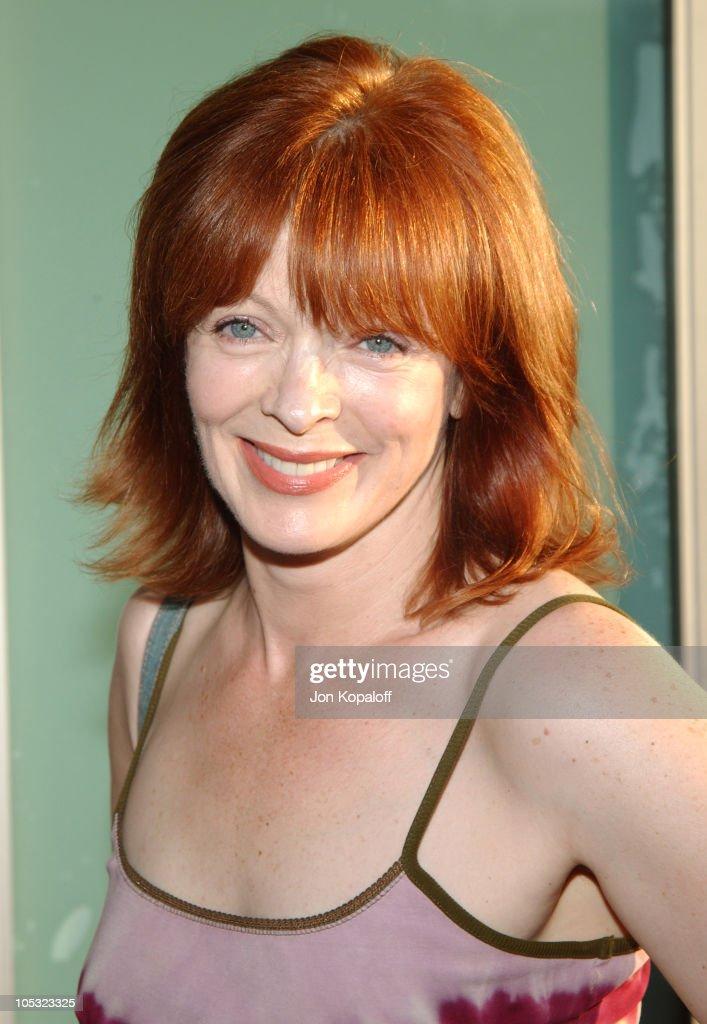 """""""Catwoman"""" Los Angeles Premiere - Arrivals : News Photo"""