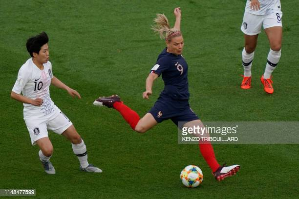 TOPSHOT France's forward Eugenie Le Sommer shoots the ball in front of South Korea's forward SoYun Ji during the France 2019 Women's World Cup Group...