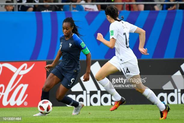 France's forward MarieAntoinette Katoto vies with New Zealand's defender Claudia Bunge during the Women World Cup U20 match France vs New zealand on...