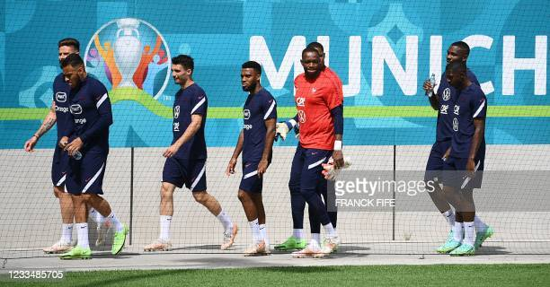 France's forward Olivier Giroud, France's midfielder Corentin Tolisso, France's defender Leo Dubois, France's midfielder Thomas Lemar, France's...