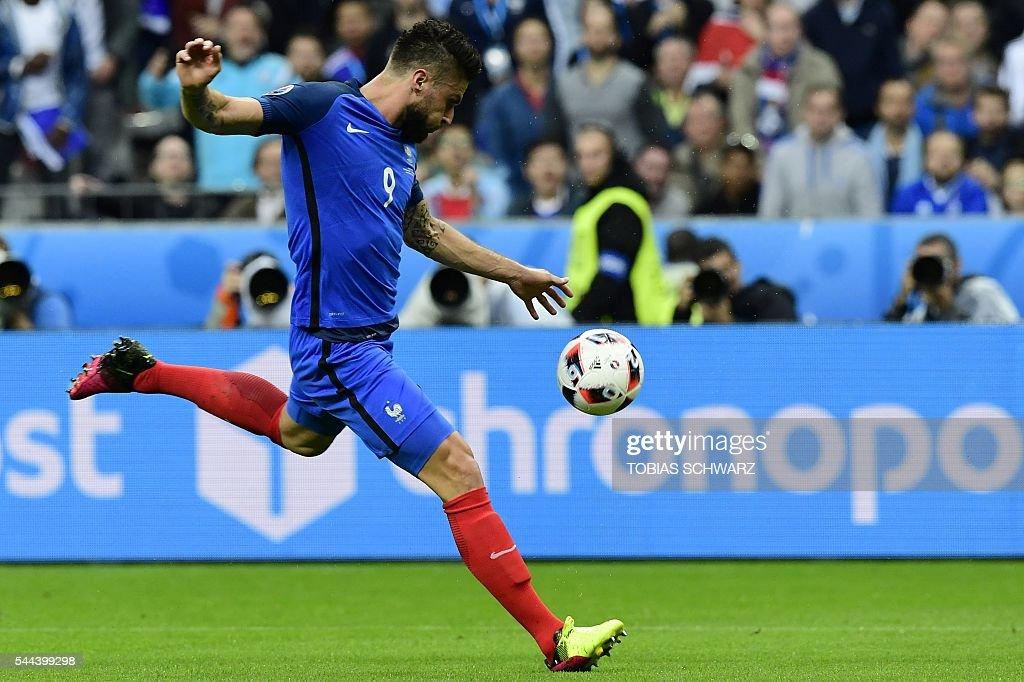 FBL-EURO-2016-MATCH48-FRA-ISL : News Photo