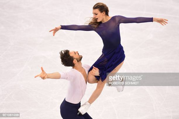 France's Gabriella Papadakis and France's Guillaume Cizeron compete in the ice dance free dance of the figure skating event during the Pyeongchang...