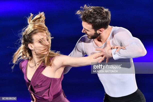TOPSHOT France's Gabriella Papadakis and France's Guillaume Cizeron perform during the figure skating gala event during the Pyeongchang 2018 Winter...