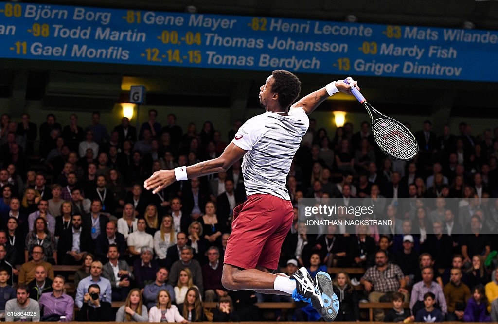 TOPSHOT - France's Gael Monfils returns the ball to Portugal's Gastao Elias during the ATP Stockholm Open tennis tournament in Stockholm on October 20, 2016. / AFP / JONATHAN