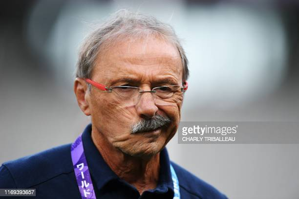 France's head coach Jacques Brunel attends a training session at the Tokyo stadium in Tokyo, on September 19 ahead of the Japan 2019 Rugby World Cup.