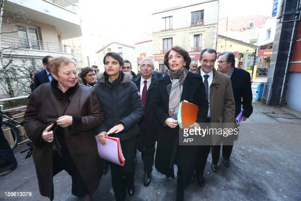 France's Health minister Marisol Touraine and minister of Women's Rights Najat VallaudBelkacem arrive to visit 'La maternite des Lilas' maternity...