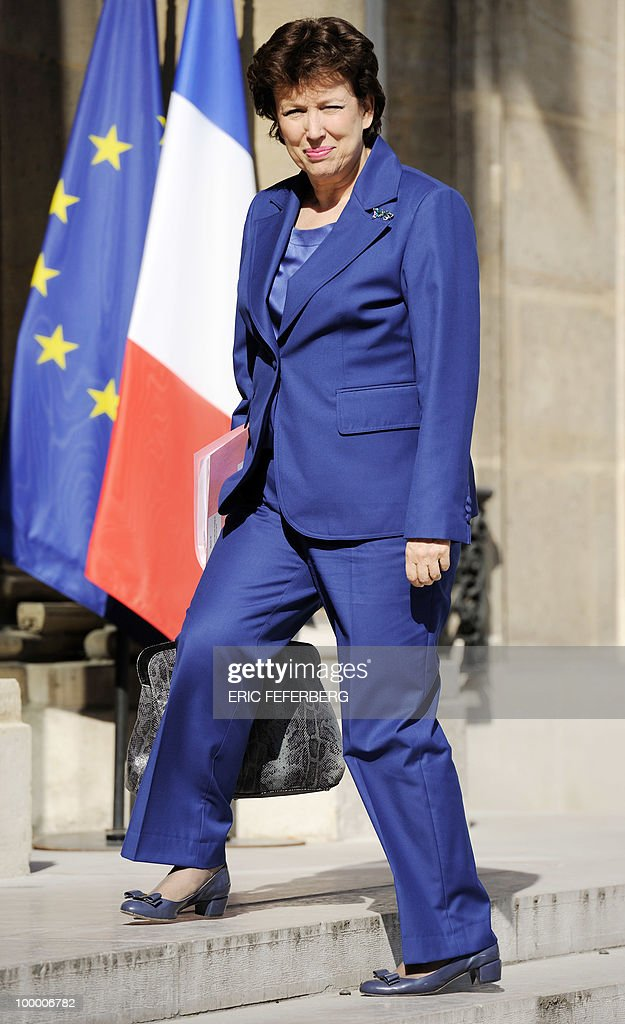France's Health, Youth, Sport and Associations minister Roselyne Bachelot-Narquin arrives at the Elysee Palace on May 20, 2010 in Paris to attend a second meeting on public deficit with French President Nicolas Sarkozy. France reopened its 2010 budget to add in the 111 billion euros it has promised to contribute to Europe's new 750-billion-euro emergency stability fund, Finance Minister Christine Lagarde said yesterday.