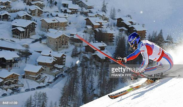 France's JeanBaptiste Grange competes during the men's slalom first run at the World Ski Championships on February 15 2009 in Val d'Isere French Alps...