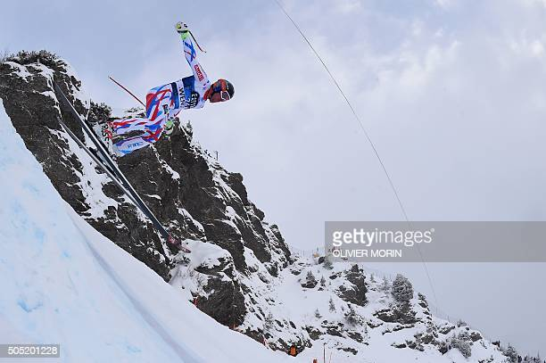 France's Maxence Muzaton competes in the Alpine skiing FIS World Cup mens downhill event on January 16 2016 in Wengen AFP PHOTO / OLIVIER MORIN / AFP...