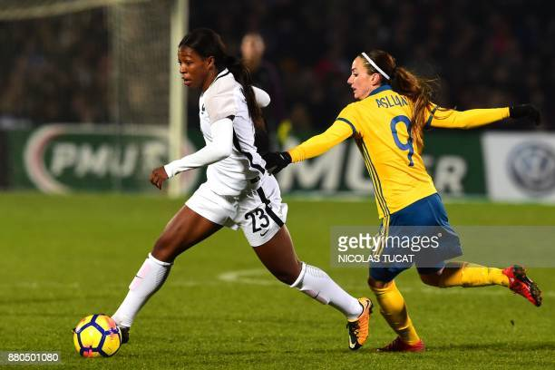 France's midfielder Grace Geyoro vies with Sweden's forward Kosovare Asllani during the friendly football match between France and Sweden on November...