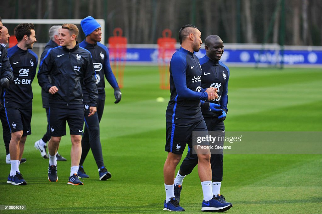 France Soccer Team : Training Session at Clairefontaine : News Photo