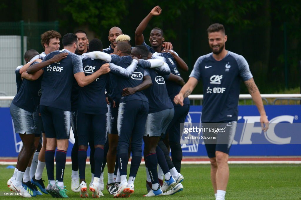 France's midfielder Paul Pogba during a training session at the French national football team centre in Clairefontaine-en-Yvelines on May 25, 2018 in Clairefontaine, France. The French national football team begin their preparation for the upcoming FIFA 2018 World Cup in Russia.