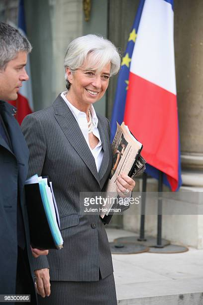 France's Minister for Economy Christine Lagarde leaves the Elysee presidential Palace on April 7 2010 in Paris after the weekly cabinet meeting