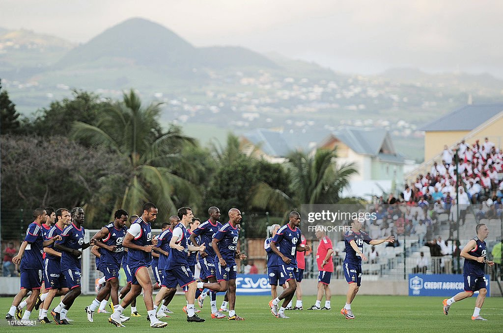 France's national football team players run during a training session, on June 2, 2010 in Saint-Pierre, on the French Indian Ocean island of La Reunion, as part of the preparation for the upcoming World Cup 2010. France have one remaining friendly scheduled against China in Reunion on June 4, 2010. They open their World Cup campaign against Uruguay on June 11.