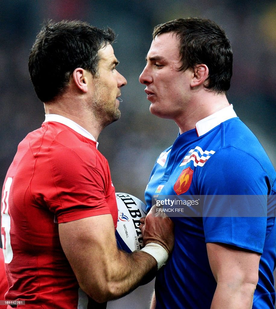 France's number 8 Louis Picamoles (R) defies Wales' scrum-half Mike Phillips during the Six Nations Rugby Union match between France and Wales at the Stade de France on February 9, 2013 in Saint-Denis, north of Paris.