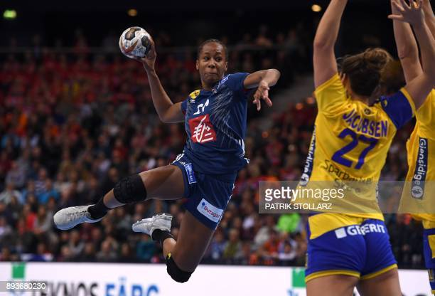 TOPSHOT France´s Orlane Kanor shoots during the IHF Womens World Championship handball halffinal match Sweden vs France on December 15 2017 in...