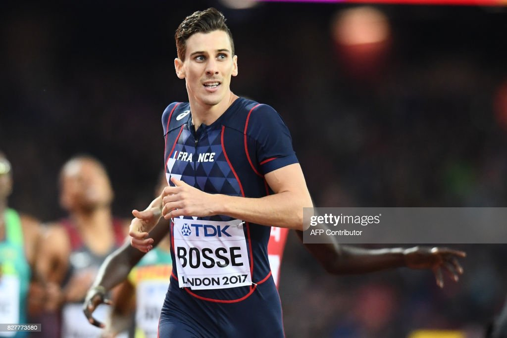 France's Pierre-Ambroise Bosse celebrates after winning the final of the men's 800m athletics event at the 2017 IAAF World Championships at the London Stadium in London on August 8, 2017. / AFP PHOTO / Jewel SAMAD