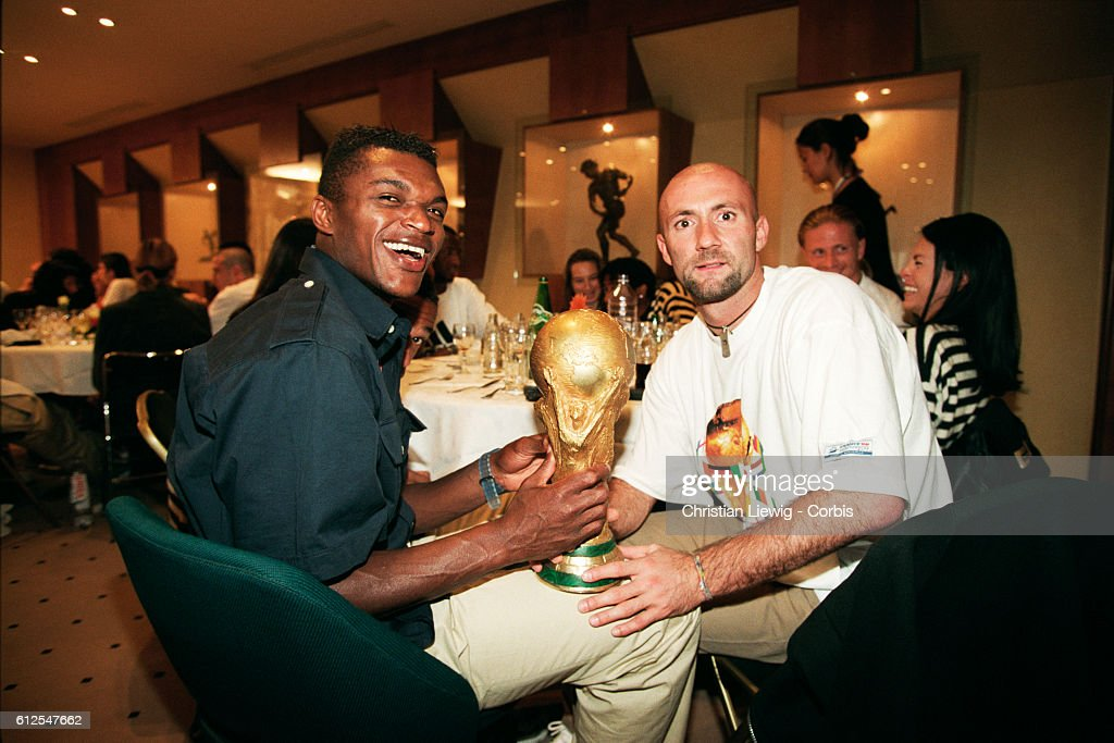 Soccer - 1998 World Cup - French Team Celebrates Victory : News Photo