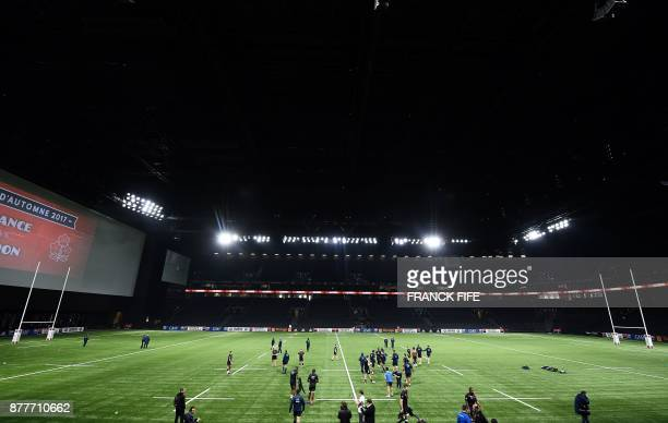 France's players take part in a training session at the U Arena in Nanterre near Paris on November 23 two days ahead of a rugby union test match...