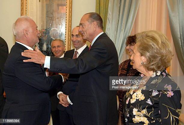France's President Jacques Chirac and his wife and Armenia's President Robert Kotcharion welcome guests prior a state dinner In Yerevan Armenia On...