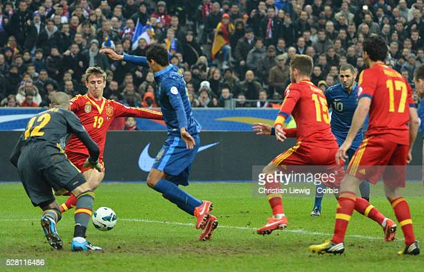 France's Raphael Varanne during the FIFA 2014 World Cup qualifying round group I soccer match, France Vs Spain at Stade de France in Saint-Denis...