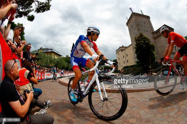 France's rider of team Groupama FDJ Thibaut Pinot arrives to take the start of the 17th stage between Riva del Garda and Iseo during the 101st Giro...