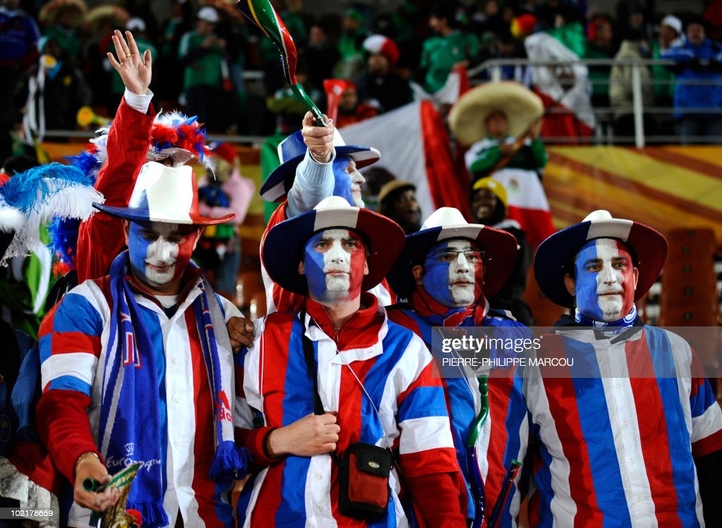 France's supporters react after their team lost to Mexico in their 2010 World Cup group A first round football match on June 17, 2010 at Peter Mokaba stadium in Polokwane. Mexico won 2-0. NO
