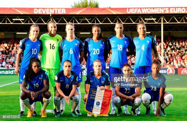France's team pose before the UEFA Women's Euro 2017 tournament quarterfinal football match between England and France at Stadium De Adelaarshorst in...