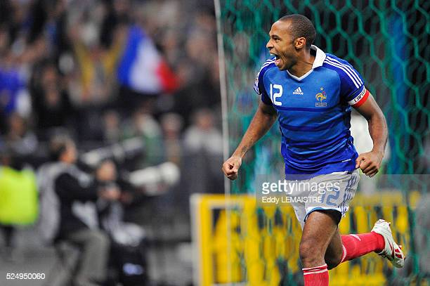 France's Thierry Henry celebrates his goal during the World Cup, group 7, qualifying soccer match, France vs Romania at the Stade de France in...