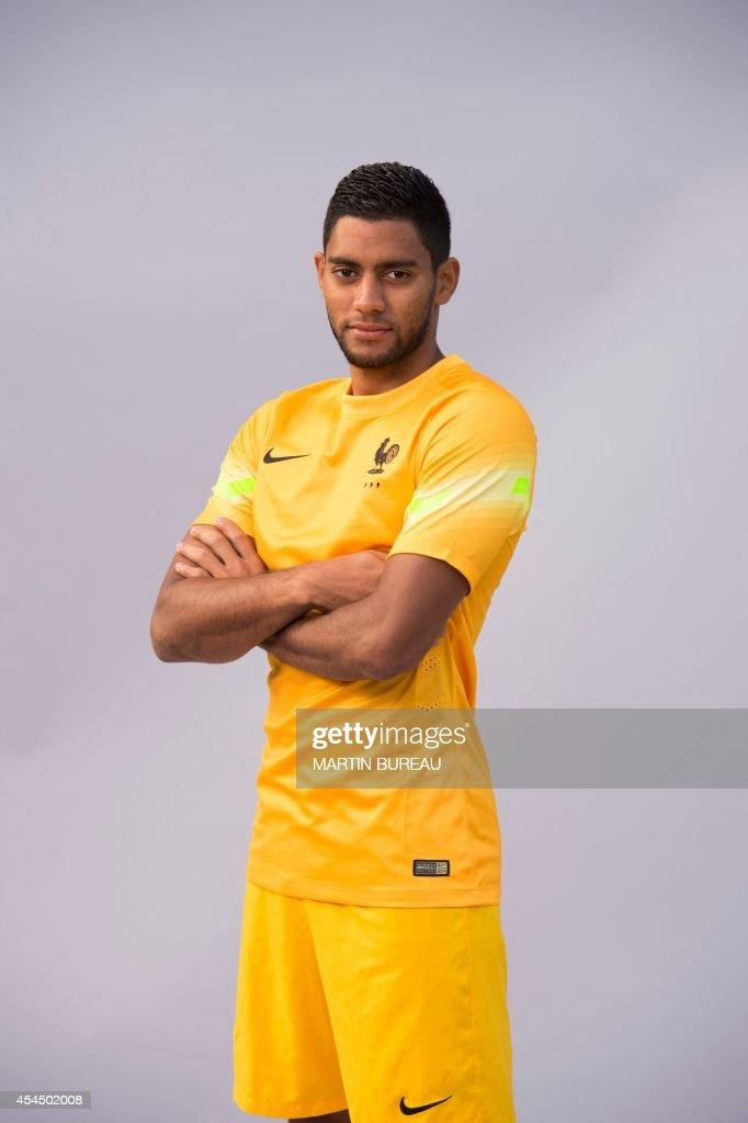 France's under 21 national football team's goalkeeper, Zacharie Boucher, poses on September 2, 2014 at the team's training base in Clairefontaine-en-Yvelines, outside Paris.