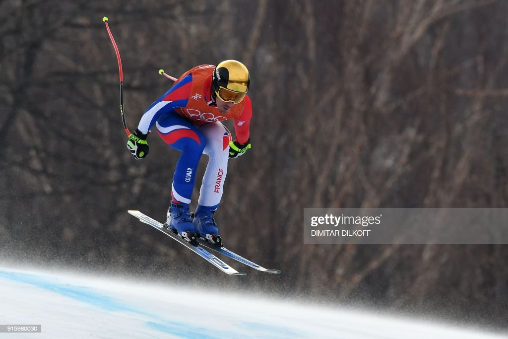 TOPSHOT - France's Victor Muffat-Jeandet takes part in the Men's Downhill 2nd training at the Jeongseon Alpine Center during the Pyeongchang 2018 Winter Olympic Games in Pyeongchang on February 9, 2018. / AFP PHOTO / Dimitar DILKOFF