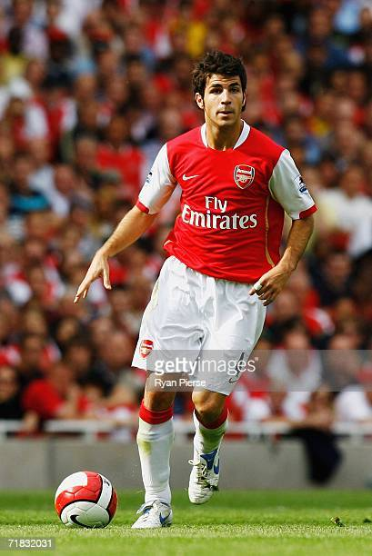 Francesc Fabregas of Arsenal runs with the ball during the Barclays Premiership match between Arsenal and Middlesbrough at The Emirates Stadium on...