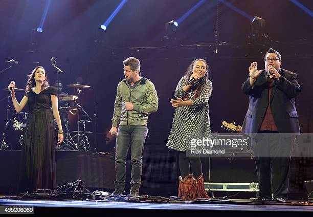 Francesca Battestelli Jeremy Camp Jamie Grace and Sidewalk Prophets' David Frey perform at the 2nd Annual KLOVE Fan Awards at the Grand Ole Opry...