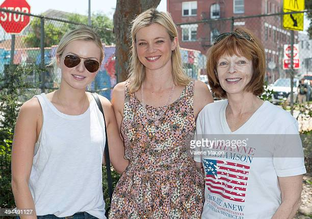 Francesca Eastwood Amy Smart and Frances Fisher attend The Environmental Media Association's 5th Annual LA School Garden Program Luncheon at...