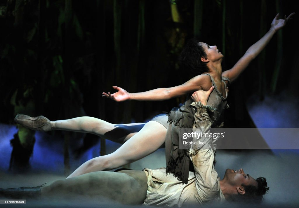 """The Royal Ballet's Production Of Kenneth MacMillan's """"Manon"""" : News Photo"""