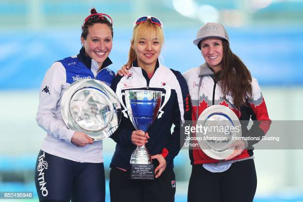 Francesca Lollobrigida of Italy BoReum Kim of Korea Ivanie Blondin of Canada pose in the overall Ladies Mass Start medal ceremony during day 2 of the...