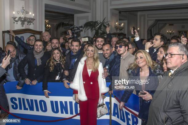 Francesca Pascale on a visit to the historic center of Naples with journalists and fans